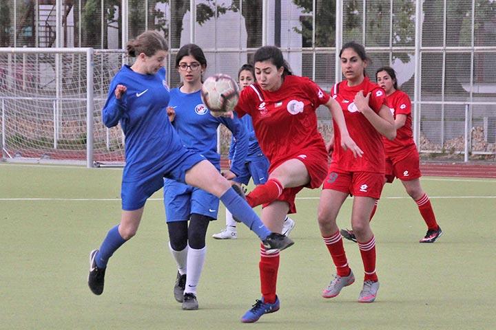 Talitha-Fußballerinnen absolvierten Trainingscamp